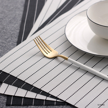 Table Mat Set Pack of 4PCS Home Washable PVC Placemats Crossweave Woven Table Mats Heat-Resistant Place Mat Easy to Clean