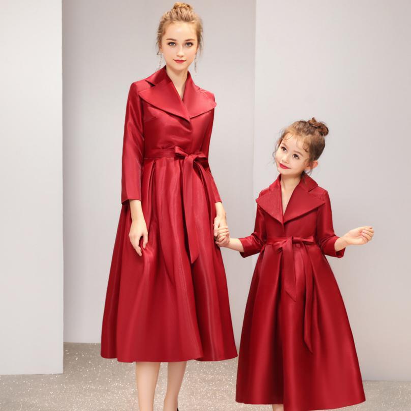 Famille correspondant tenues bébé fille mère robe rouge robe de bal de mariage fête maman filles robe de soirée Veintage Vestido Y940 - 2