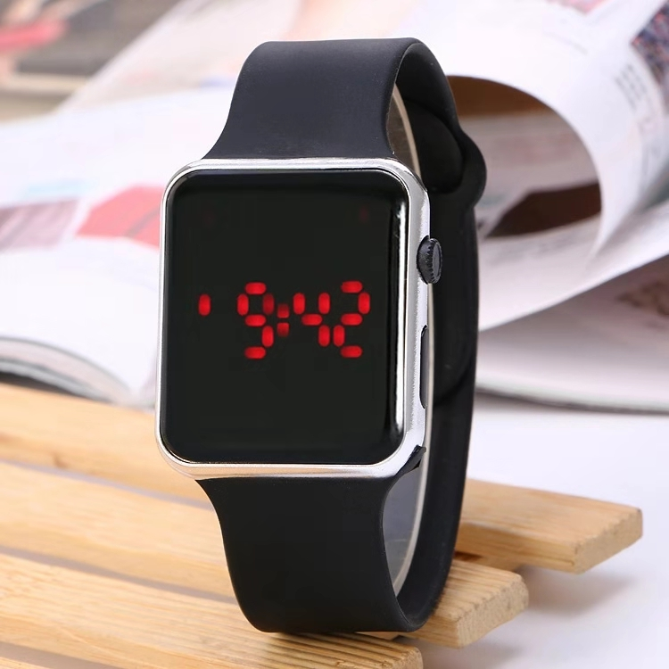 Hot-selling New Electroplated Fashionable Apple Watch Square LED Electronic Watch Silicone Student Watch
