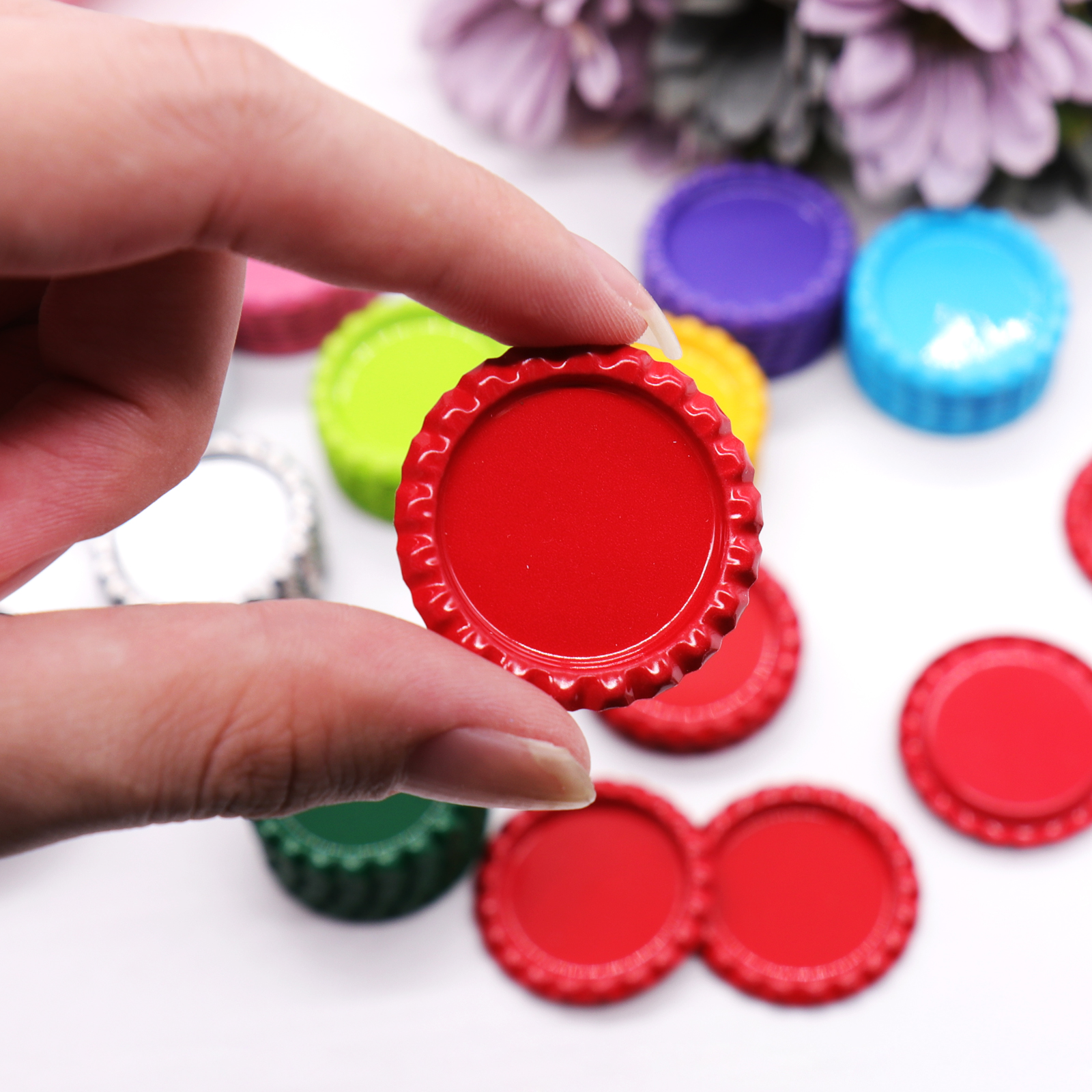 10 Pcs /lot 3.5cm Flattened Beer Bottle Caps Bottle Lids For DIY Crafts Hair Bow,Necklace Accessories DIY Hanging Decorations