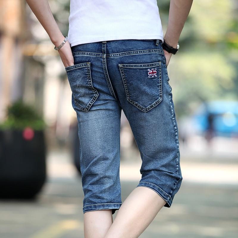Top Quality 2020 Fashion British Embroidery Casual Denim Breeches Calf Length Pants Hip Hop Streetwear Capri Jeans Masculina