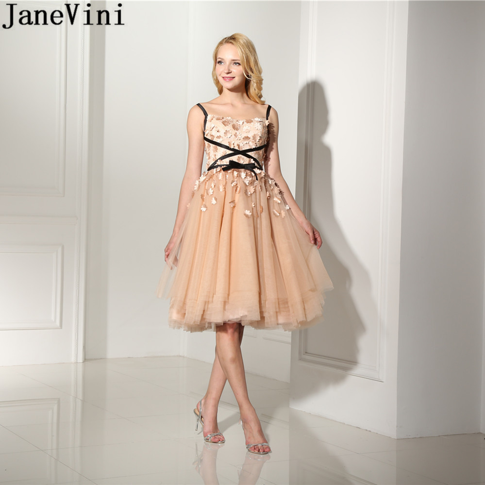 JaneVini Elegant Champagne A Line   Bridesmaid     Dresses   Knee Length Spaghetti Straps 3D Flowers Tulle Plus Size   Dress   for Wedding