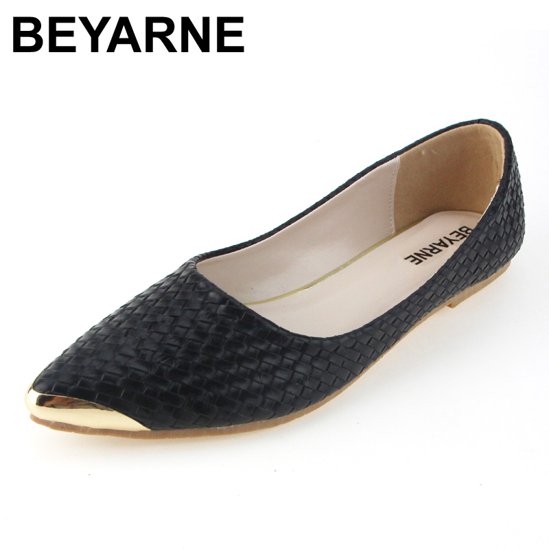 BEYARNE Flats Woman 2017 New Arrival Metal decoration Pointed toe Women Shoes High Quality Comfortable Flat Shoes Size 35-46 2017 fashion women shoes woman flats high quality casual comfortable pointed toe rubber women flat shoes plus size 35 42 s097