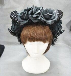 Image 2 - 블랙 마녀 뱀프 고딕 호른 팬 플라워 크라운 머리띠 할로윈 칵테일 파티 헤드 피스 멋진 드레스 액세서리