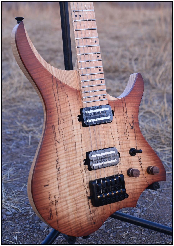Sans tête Guitare Électrique style Modèle brun échauffé haut érable madré Flamme manche érable en stock livraison gratuite