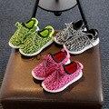 Tamaño 21-35//USB intermitente Zapatos ocasionales unisex bajo malla que emite boys & girls shoes shoes con la luz que brilla intensamente led para los niños