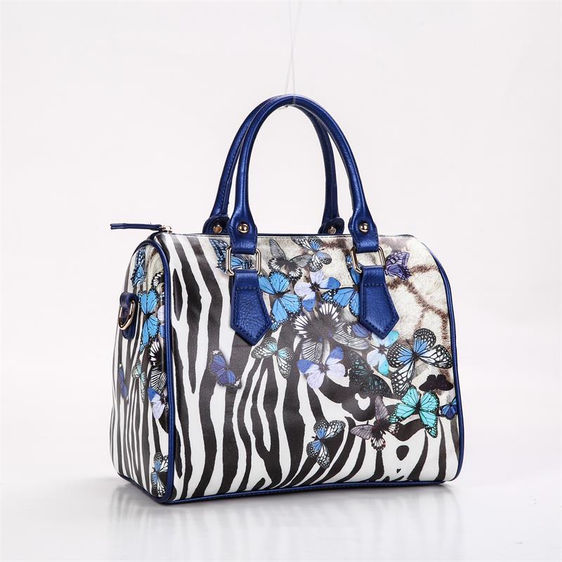a16b9898d9d Beivah Merk digitale print zebra vlinder vrouwen lederen handtassen vrouwen  messenger tassen vrouwen tas hoge kwaliteit vrouwelijke tas in Beivah Merk  ...
