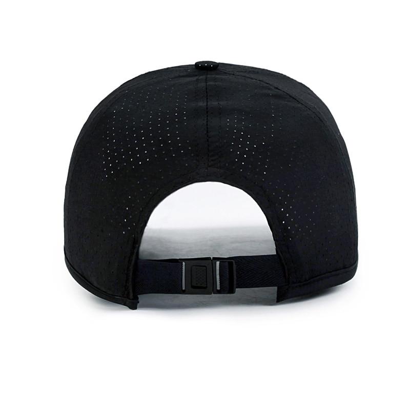 SUZUKI Bobble Cappello Logo ricamato beanie Beechfield