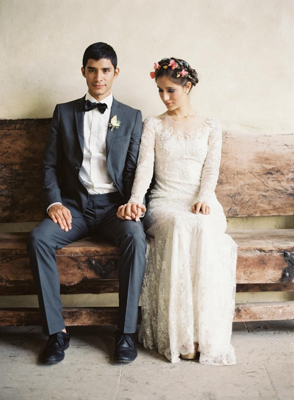 2019 Modest Lace Beach Wedding Dresses With Amazing Dream Bridal Gowns Design Outdoors Long Sleeve Wedding Dress