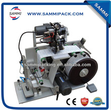 New arrival Flat Bottle manual labeling machine with date coding