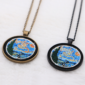 cloth embroidery Van Gogh Famous paintings necklace Trendy Ethnic Accessories Round pendant Jewelry Q001 embroidery