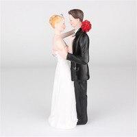 Romantische Braut und Bräutigam Hochzeitstorte Topper Paar Umarmung Kuss Braut Dekoration Wholesale Freies Verschiffen 30RI25