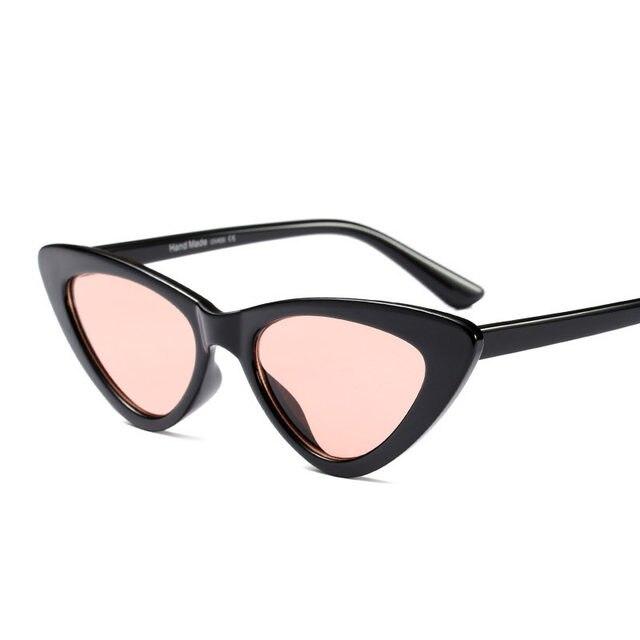 c08b87ab818b7 MOLNIYA bonito sexy retro cat eye sunglasses mulheres preto pequeno branco  2018 triângulo do vintage barato óculos de sol uv400 vermelho feminino