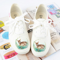 Women Hand Painted Canvas Shoes With Reindeer Slip On Cloth Shoes Graffiti Deer White Casual Shoes