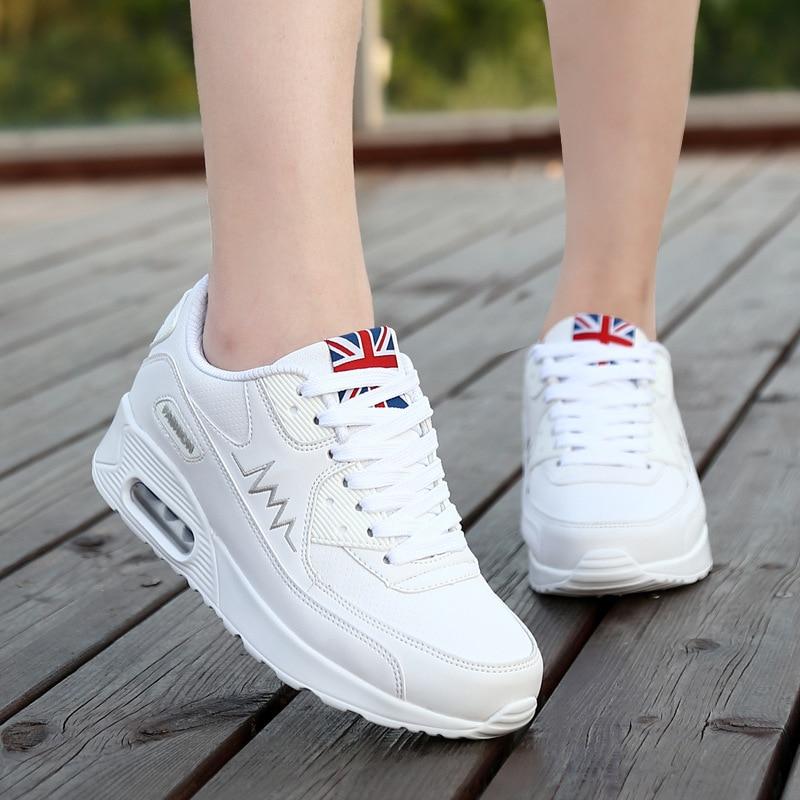 Для женщин обувь 2018 новые дышащие кроссовки Для женщин кроссовки искусственная кожа на плоской подошве на шнуровке женская спортивная обув...