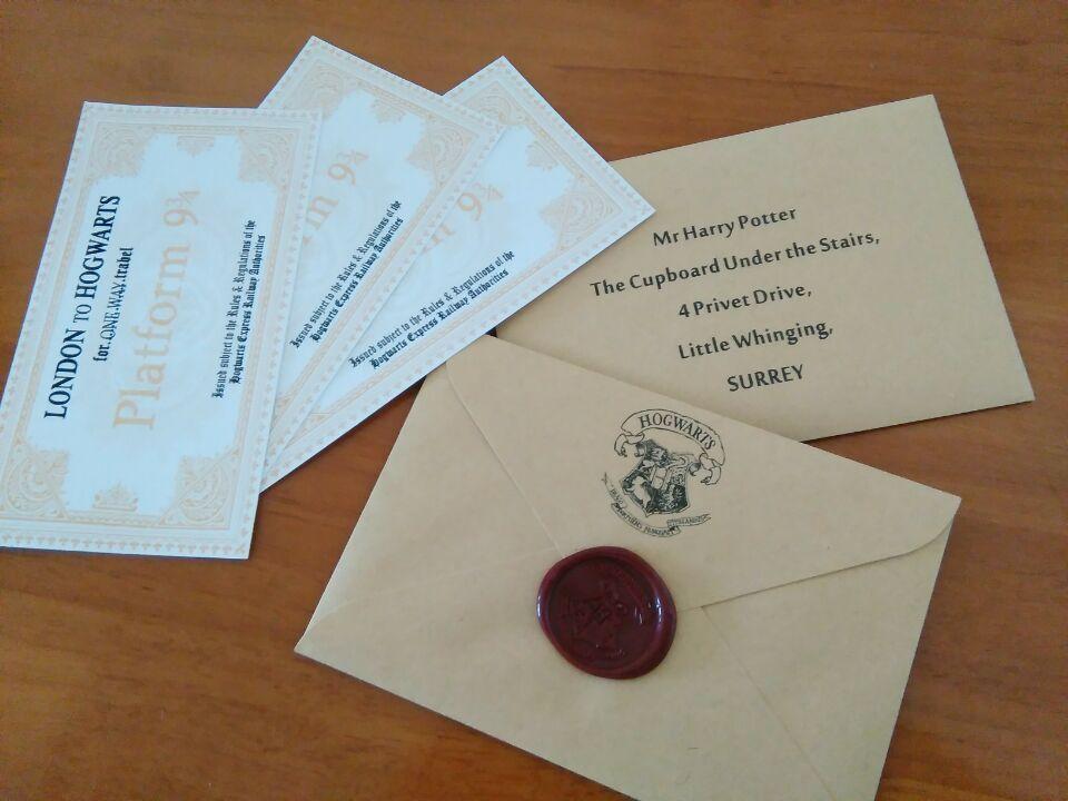 Leták pro přijetí dopisu Hogwarts pro fanoušky HP Bradavický akceptační dopis s Hogwarts Express Vlakem