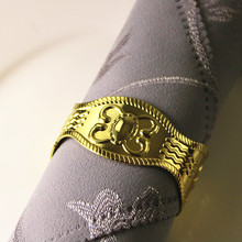 5PCS napkin buckle stainless steel gold / silver ring Creative mouth cloth hotel wedding table jewelry ornaments