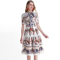 VERDEJULIAY White Dress Runway Fashion Short Sleeve Bow Collar Vintage Soldier Printed Pleat Knee Length Dress