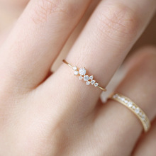 Fashion 2019 New Silver Gold Color Crystal Rings For Women Female Rings Weddings Party Gifts Wholesale