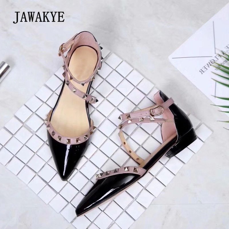 2018 Rivet Gladiator Sandals Women Pointed Toe Black Red White Pink Flat Shoes Woman Party Shoes