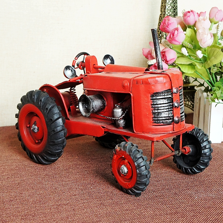 Red Farm Tractor Model Classic Home Decor 1:20 Rural Truck Small Farmer Model Children