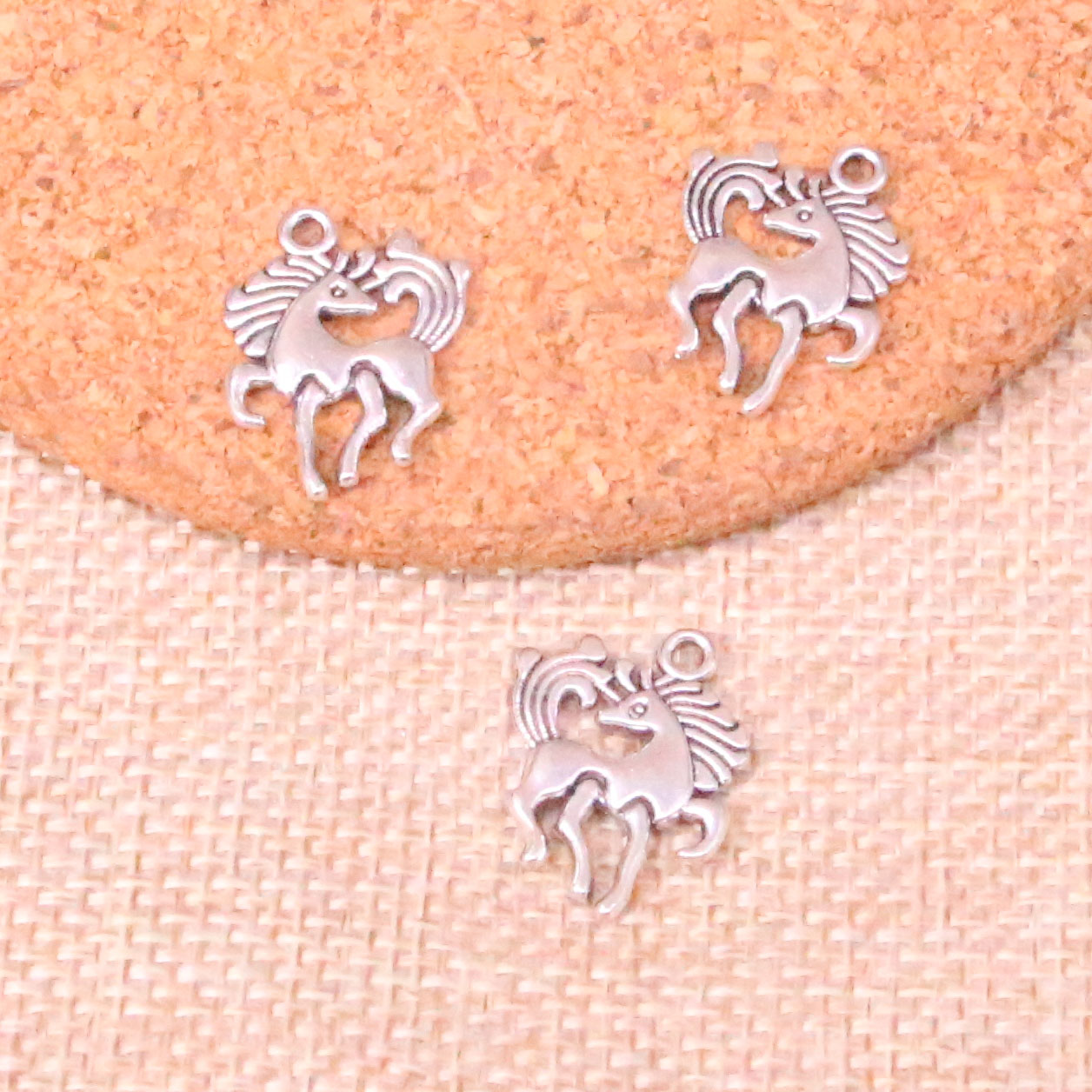 25pcs Tibetan Silver Plated Horse Unicorn Charms Pendants For Jewelry Making Diy Handmade Craft 19*25mm At Any Cost