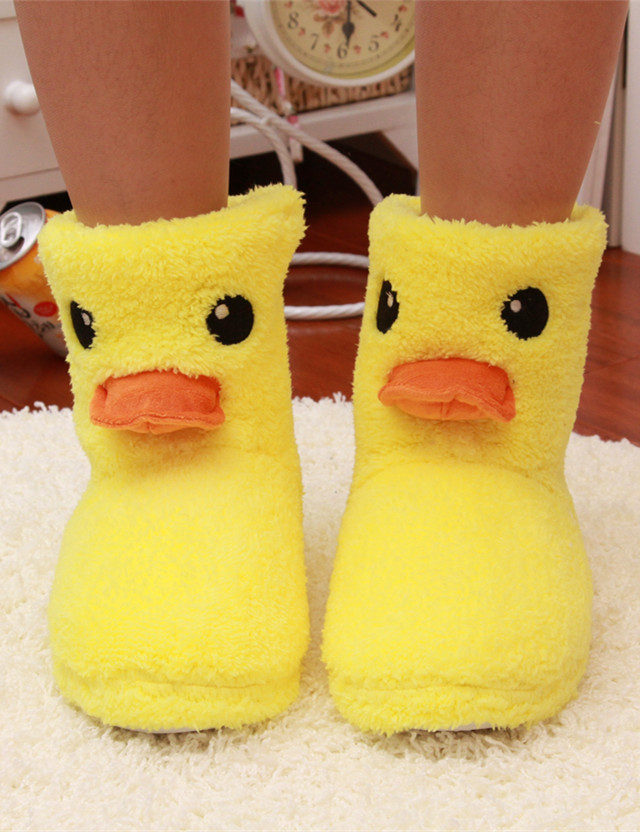 2016New Big Yellow Duck Cute Cotton Slippers Women Winter Warm Home Cotton-padded Shoes Soft bottom Indoor Plush CartoonSlippers new 2017 house shoes cute happy big feet style giant toe footwear winter warm plush slippers soft unisex indoor shoes