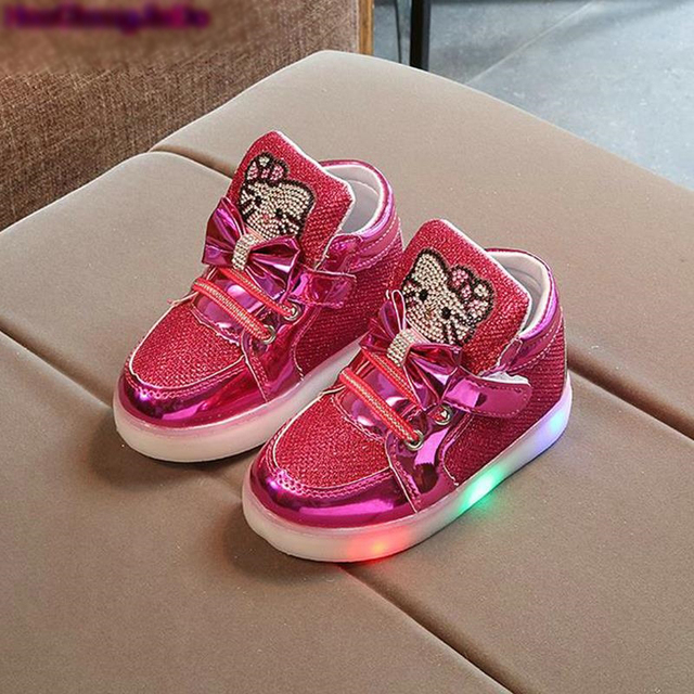 sports shoes b3bb9 6e7d0 US $6.14 15% OFF|Kinder LED Schuhe Kitty Katze Diamant Prinzessin Mädchen  Sportschuhe Herbst Winter Cartoon Sneakers Koreanische Kinder Stiefel in ...