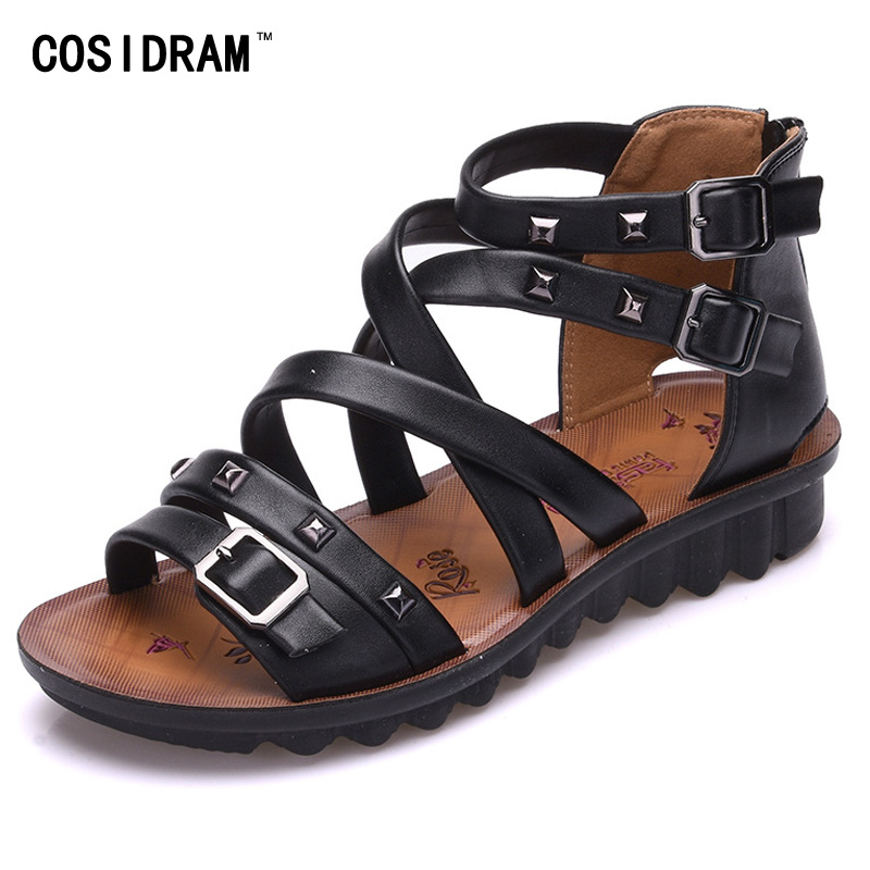 Gladiator Women Sandals Rivet Casual Summer Women Shoes New 2017 Peep Toe Beach Shoes Brand Female