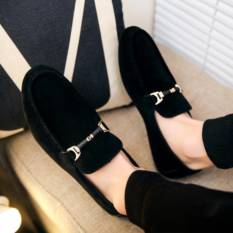 Купить с кэшбэком ZYYZYM Men Loafers Shoes Spring Summer Casual Shoes Slip On Light Flock Youth Men Shoes Breathable Flat Footwear
