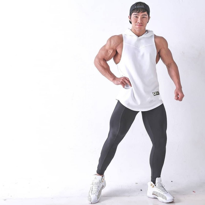 Gold Fitness Hooded Tank Tops Men Elastic Cotton Vest O-Neck Gyms Tank Top Men Sleeveless Shirts Muscle Men Fitness Tops