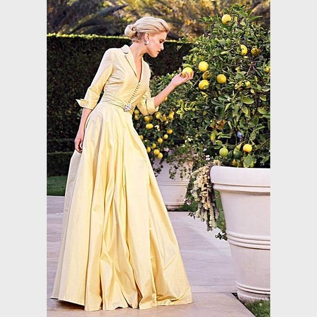 Custom Made Decote Em V Amarelo Manga Longa Mãe dos vestidos de Noiva vestidos Andar de Comprimento Vestido de Noite Formal Vestido de Noivo Para O Casamento partido