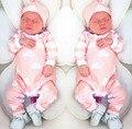 2017 nuevo bebé de la manera ropa de color rosa de Dibujos Animados lindo del niño recién nacido jumpsuit + Hat 2 unids ropa del bebé infantiles sistema de la ropa