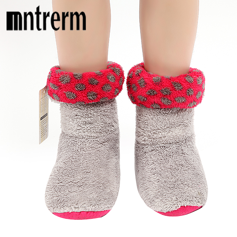 Mntrerm Winter Indoor Floor Shoes Home Slippers Warm comfortable Shoes Cute Plush Ball Flooring Slippers For Winte Best Gift mntrerm 2017 winter warm indoor slippers cute elephant cartoon animals slippers for women flannel home slippers send family gift