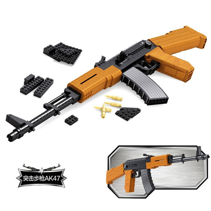 Ausini SWAT 617 pièces Blocs De Construction Assemblés Jouets Pistolets Super D'armement AK47 Fusil de Sniper Jouets Pour Enfants