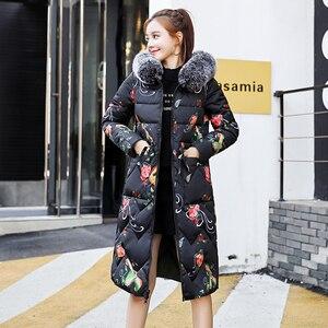 Image 4 - Sowohl Zwei Seiten Kann Trug 2019 Neue Ankunft Frauen Winter Jacke Mit Fell Kapuze Lange Gepolsterte Weiblichen Mantel Outwear drucken Parka