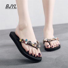 2019 summer new female slippers slip wear rhinestone flip flops flat bottom beach shoes women