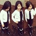 1 2 3 4 5 Anos Bebê Meninas Camisola Casaco Branco Cardigan de algodão Grosso Inverno Quente Malhas Outono Crianças Pequenas Crianças Topo moda