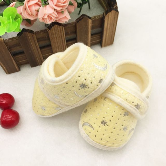 Cute Star Print  Infants Baby First Walkers Boys Girls Hook & Loop Anti-slip Shoes Cotton Crib Shoes Prewalker