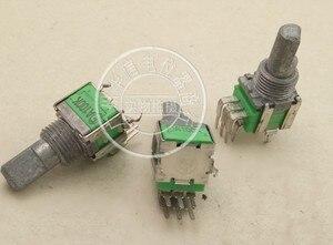 [VK] Вертикальный двойной потенциометр A100K A100KX2 длина ручки 15 мм Монтажное отверстие 9 мм Переключатель