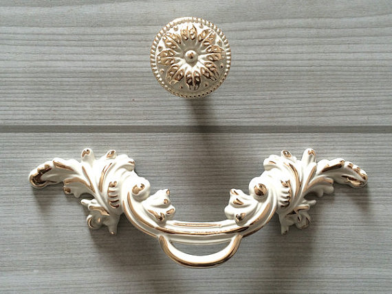 2.5″ Shabby Chic Dresser Pull Drawer Pulls Handles White Gold Rustic Kitchen Cabinet Handle Door Knobs Pull French Country 64 mm