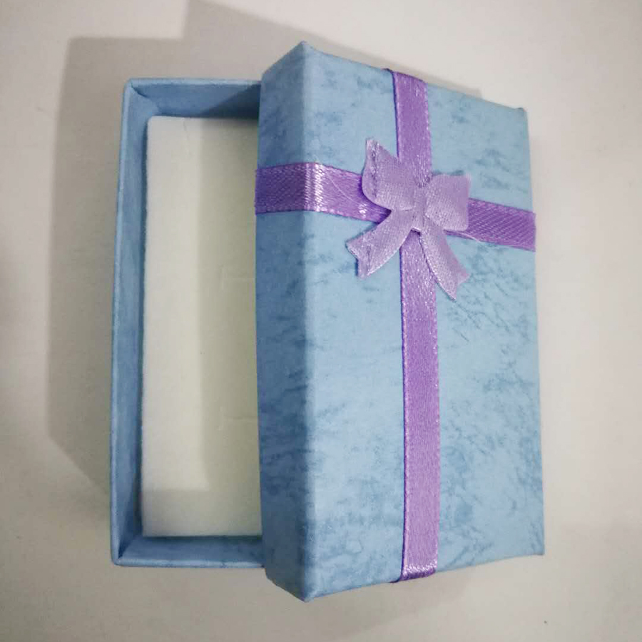 Gift Box, If You Need A Gift Box Please Buy This Link / NOTE: Not Sold Separately, Thank You