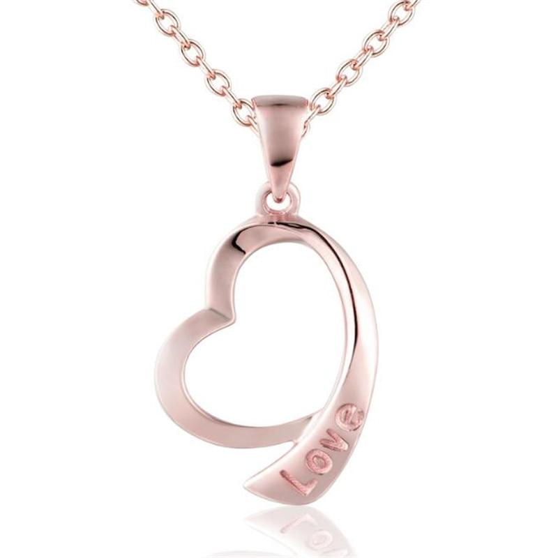 купить Hollow Letter Love Necklace Pendant Personality Peach Heart Pendant For Women 18K Gold Party Wedding Jewelry Christmas Gift по цене 6994.22 рублей