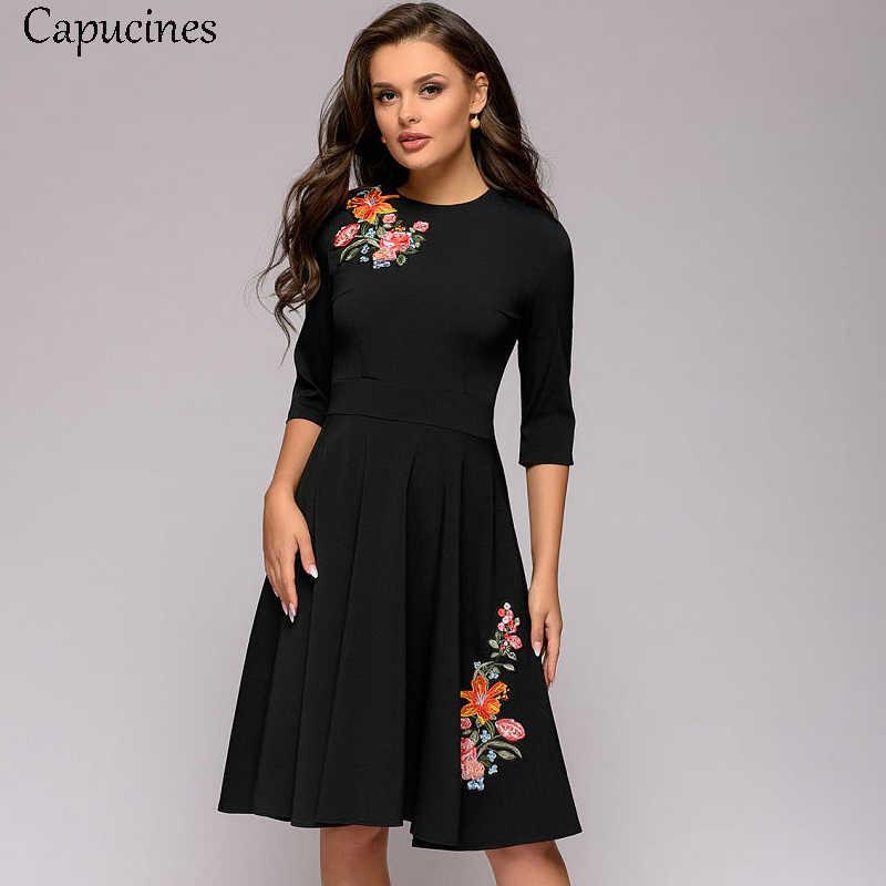 Capucines femmes 2019 mode Appliques robe a-ligne printemps automne élégant mince noir robe 3/4 manches col rond Vintage Vestidos