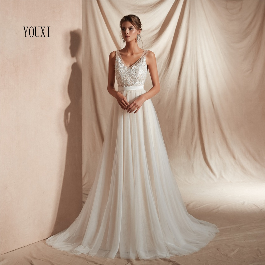 Sexy V Neck Appliques Lace Pearls Wedding Gowns 2019 Backless Ivory robe de mariage Beach Wedding