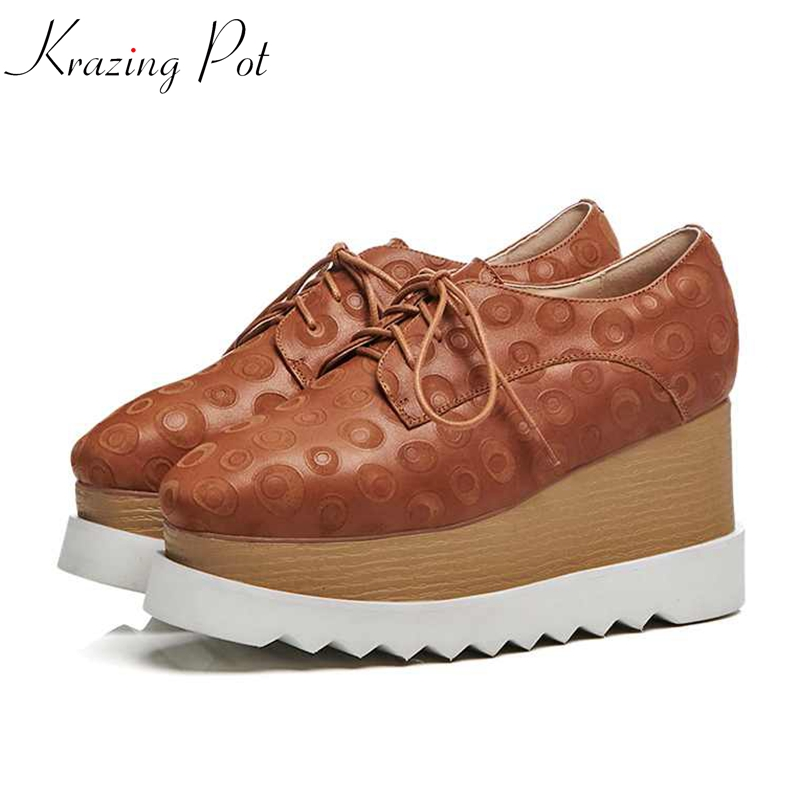 Krazing Pot new genuine leather patterns leather wedges high heels women pumps lace up fashion platform British oxford shoes L18 krazing pot recommend autumn cow leather wedges thick bottom high heels straw sole pumps lace up mixed color oxford shoes l92