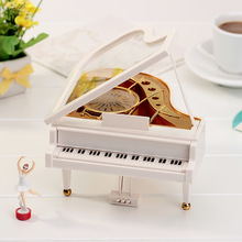 Fashion Cute Hot Selling Lovely Dreamer Piano Dancer Ballet music box rotating Creative Decoration plastic Christmas gift