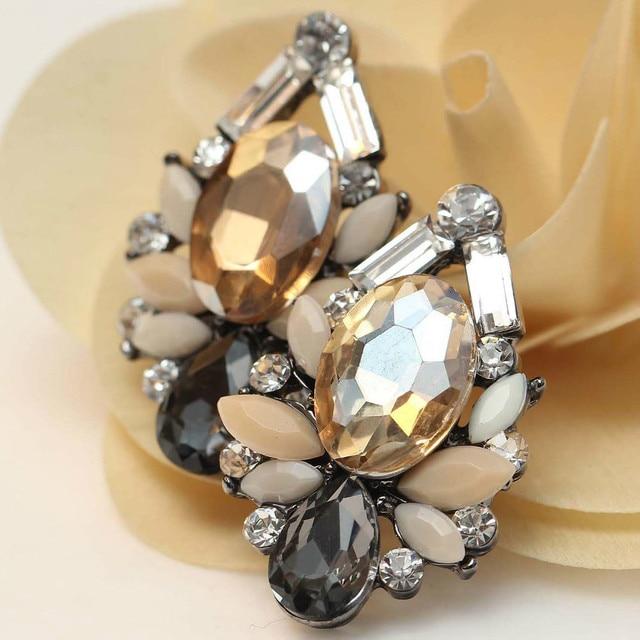 Женская мода серьги Новое прибытие бренда сладкий металла с драгоценными камнями шпильки кристалл серьги для женщин девочек