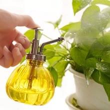 1PCS Plastic Retro Hand Pressure Spray Bottle Garden Watering Can Tool Garden Supplies