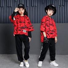 c0381fd003733 Los niños Hip Hop sudaderas con capucha ropa para niños niñas sudadera  camuflaje Tops pantalones de baile de Jazz traje de baile.